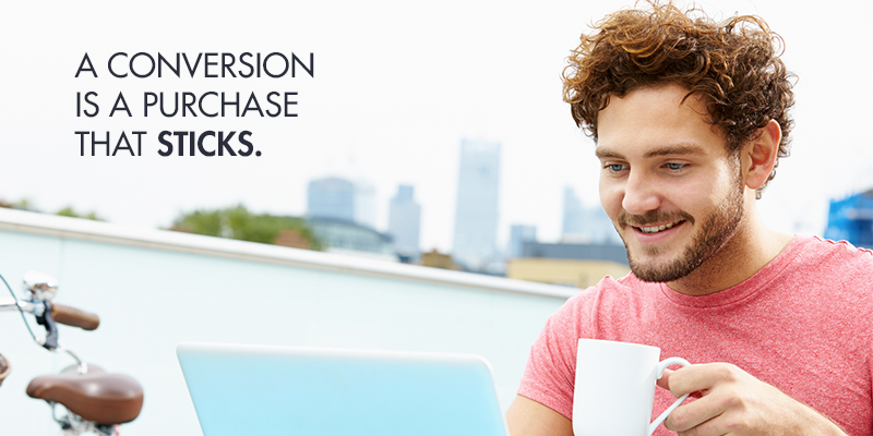 How does real-time online support boost conversion rates and ensure a purchase sticks?