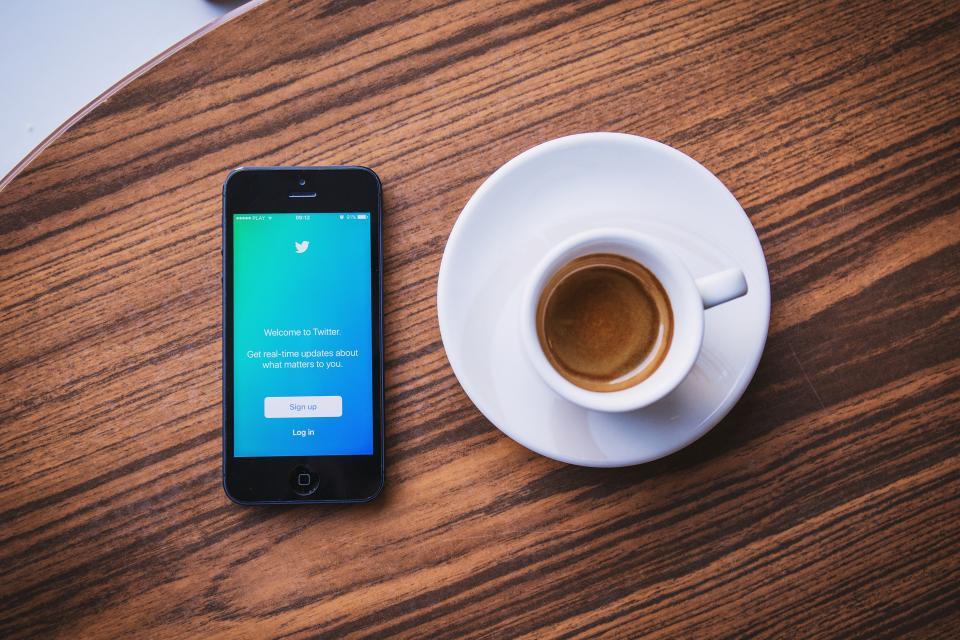 6 growthhacks sur Twitter pour accélérer votre croissance dès aujourd'hui (Vol. 1/3)